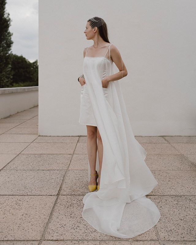 Inspired by lines of @villatugendhat, couture by @libenarochova and feelings by beautiful bride Dominika.