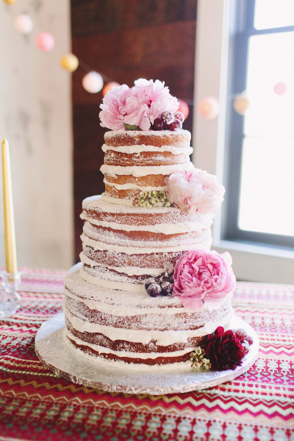 austin winter wedding naked cake