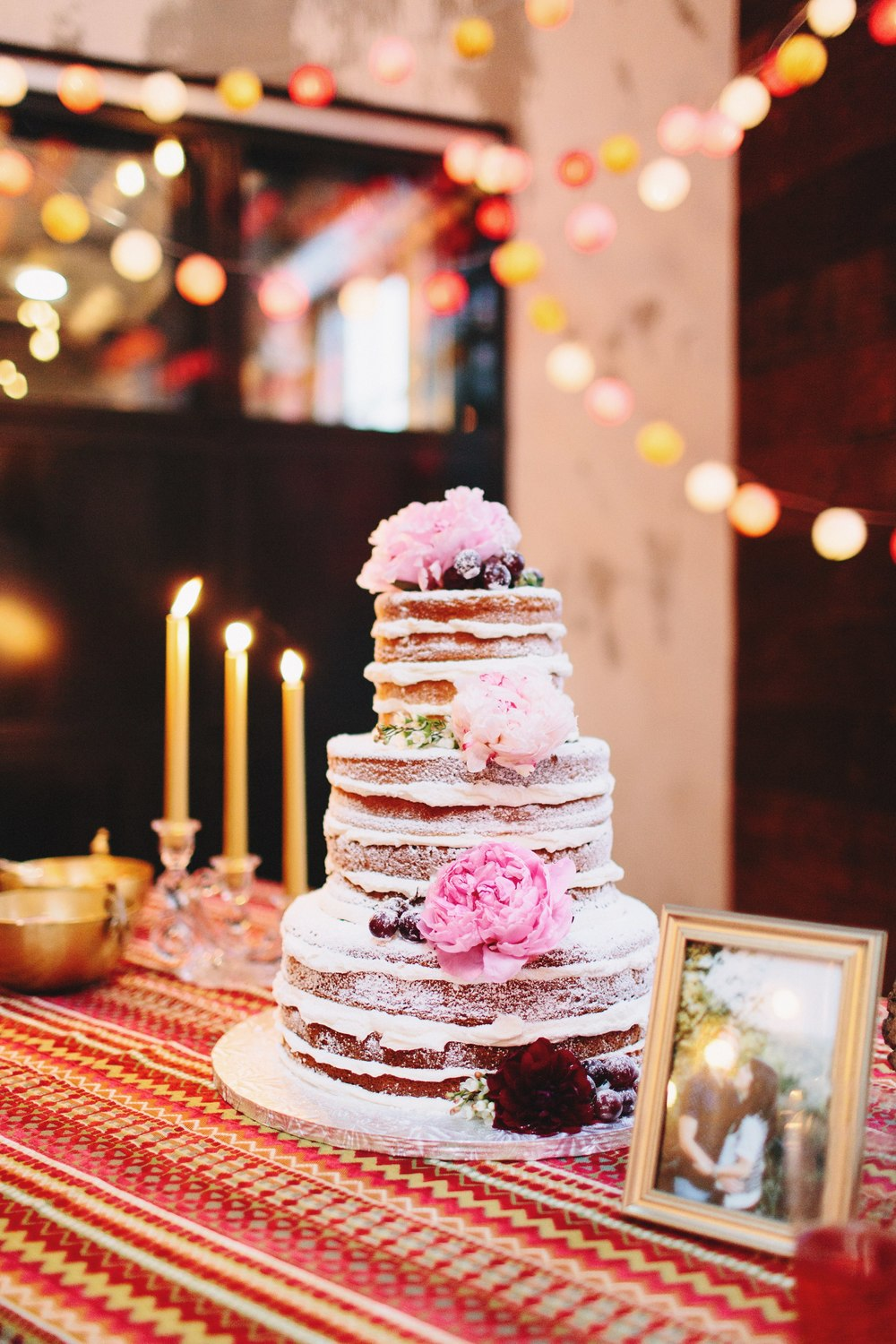 austin wedding photographer naked cake the union on eighth