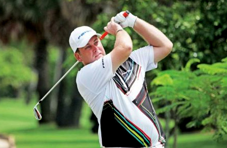 Scotland's Michael Moir won the 2013 Angkor Amateur Open yesterday at Angkor Golf Resort in Siem Reap by a single stroke over runner-up Ly Hong of Cambodia. PHOTO SUPPLIED