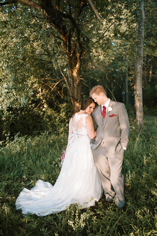 rock-castle-wedding