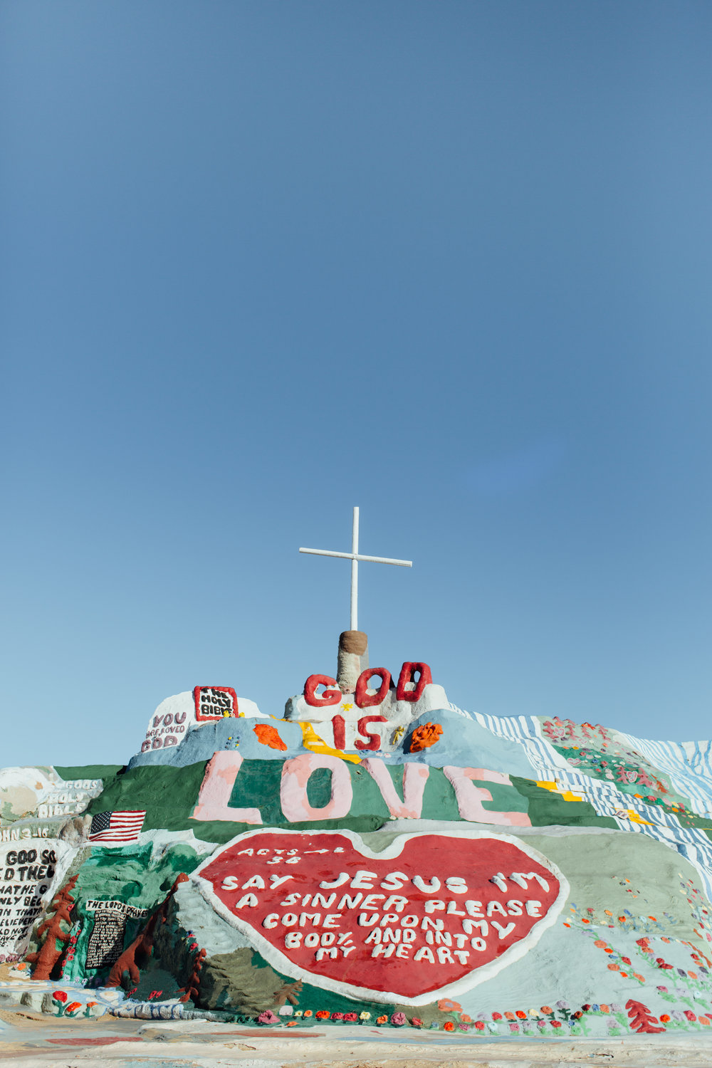 salvation-mountain