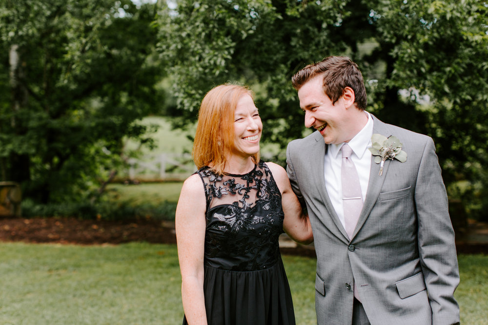 groom-with-mom.jpg