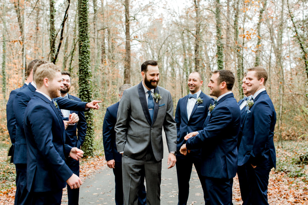 groomsmen on a rainy day at rt lodge wedding