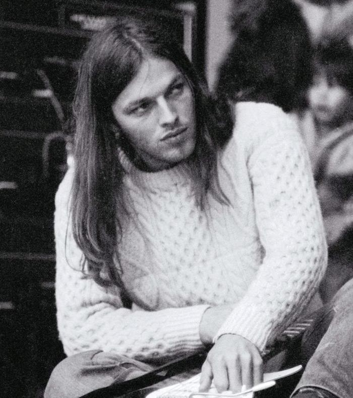 young-david-gilmour-pink-floyd-2.jpg