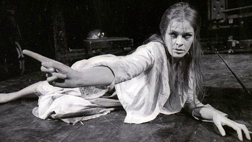 Glenda Jackson's Ophelia