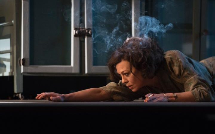 Helen McCrory in Terence Rattigan's The Deep Blue Sea (National Theatre, 2016)