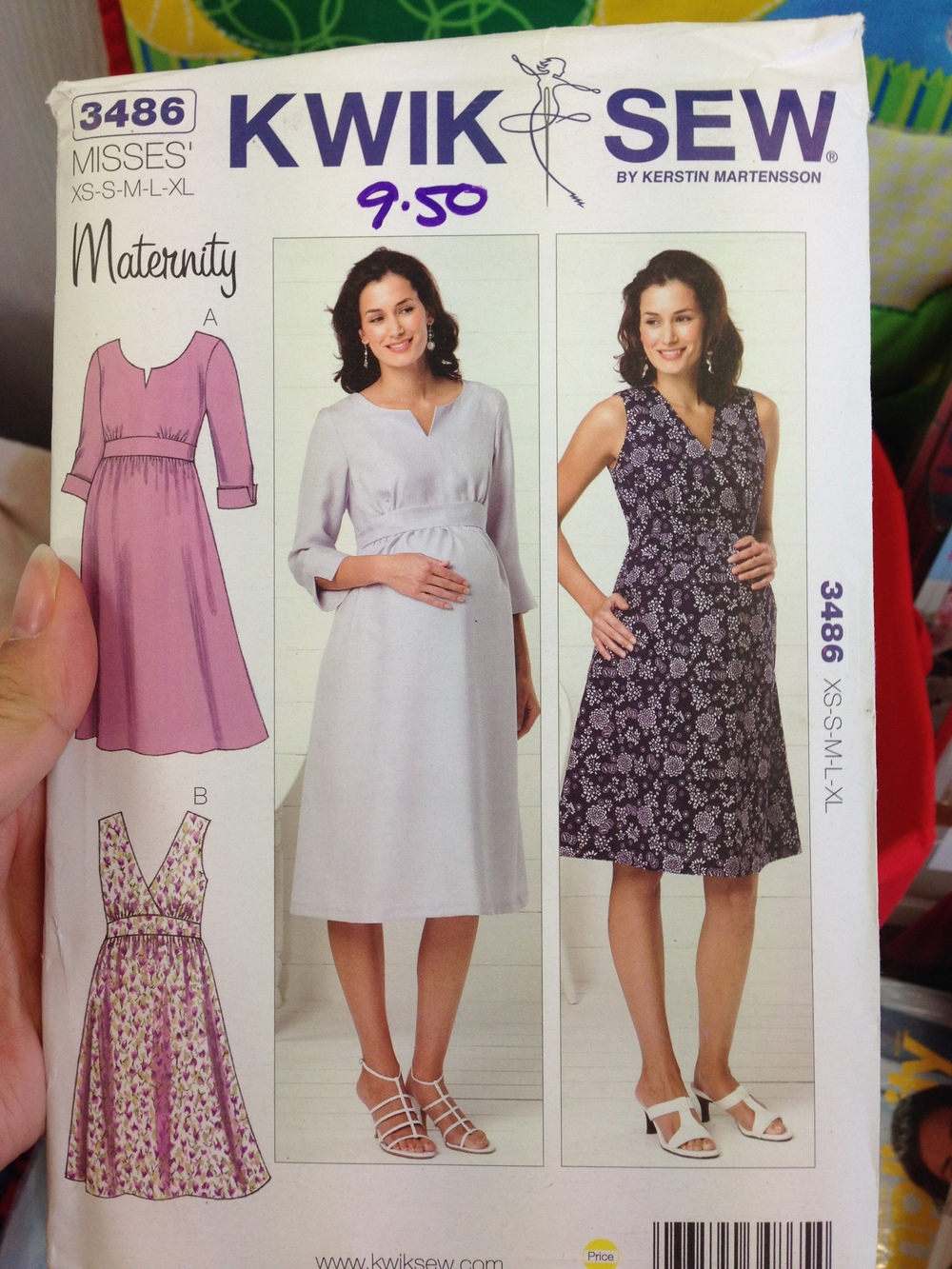 KwikSew 3486: maternity dress or cute empire waist? Surely this can be a thing.