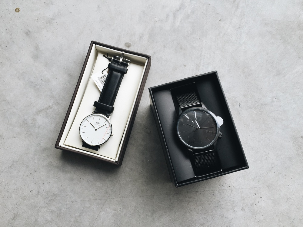 What also areived were this Komono and this Daniel Wellington watch. I have a huge crush on watches these days because they are such a useful and effortless accessory ! Paur them up with skinny jeans and a plain shirt, and you got a chic look already !