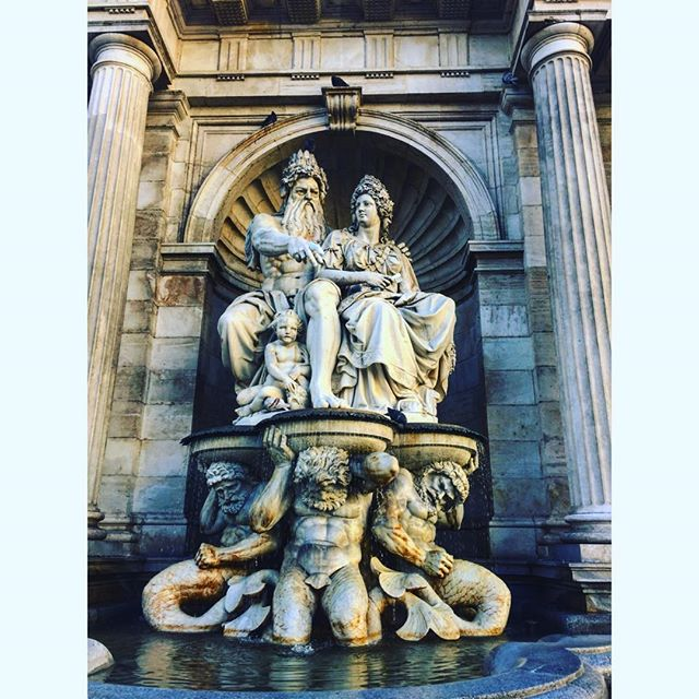 Amazing #fountain in #Vienna #Austria . . . . . . . #explore #vacation #tourism #tourist #instatrip #traveling #travelphotography #travelpic #travelphoto #travelblog #travelblgger #travelgram