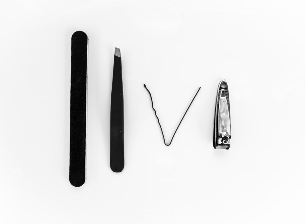 Dermatillomania Tools Black and White.jpg