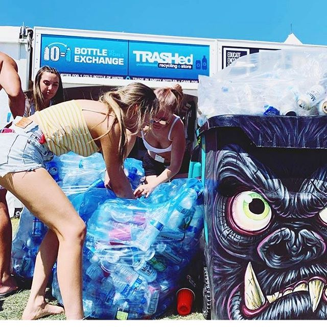 Good to see my Party Kong bin being put to good use! If anyone's at #Coachella be sure to check out all the rad bins @globalinheritance and all over the grounds! #trashedcoachella #artofrecycling #sopinsky #kingkong #recycle
