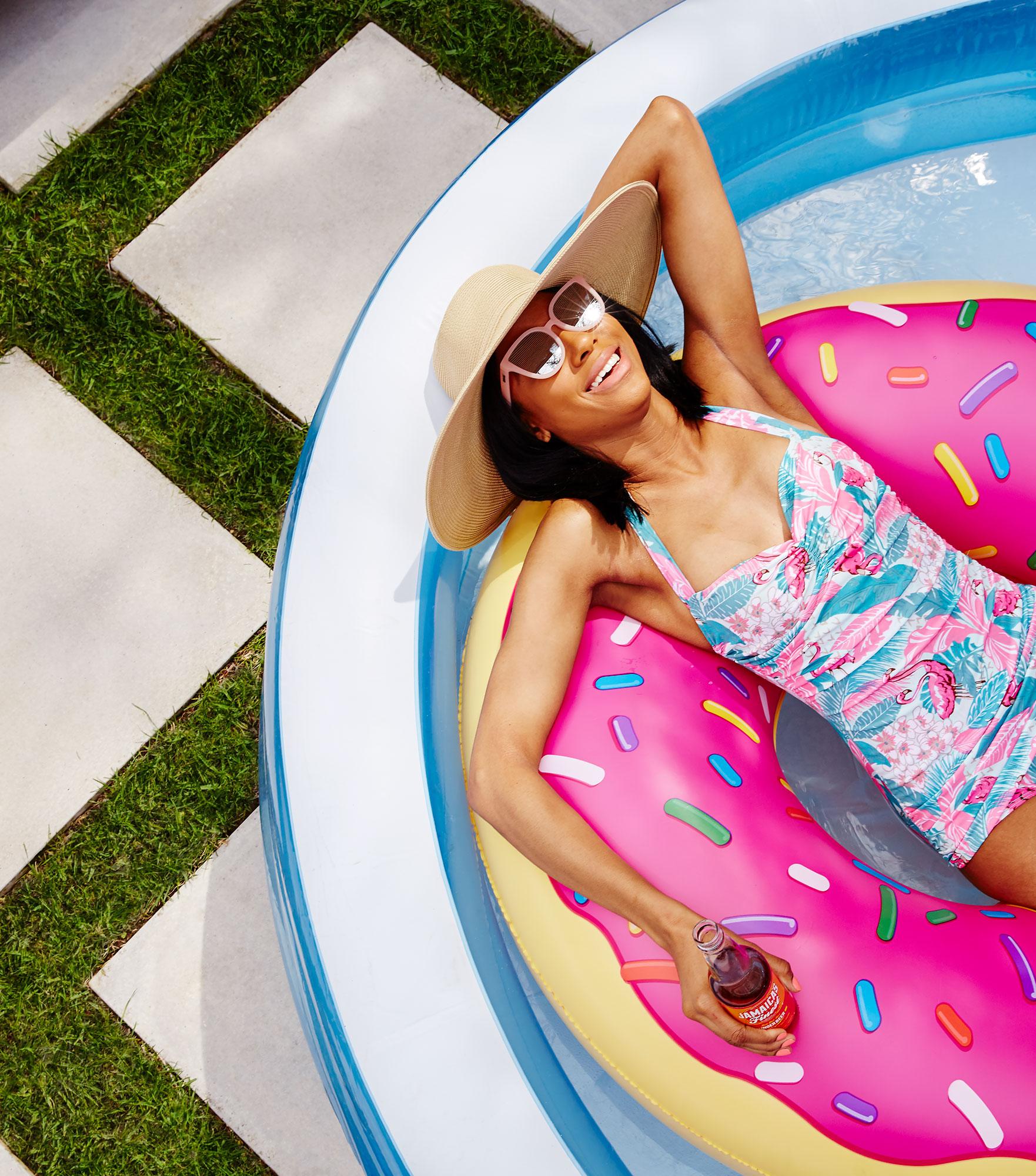 table magazine summer pool party u2014 janelle bendycki