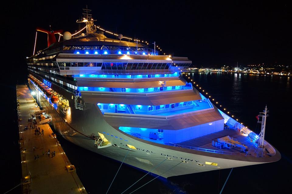 cruise-ship-778533_960_720.jpg