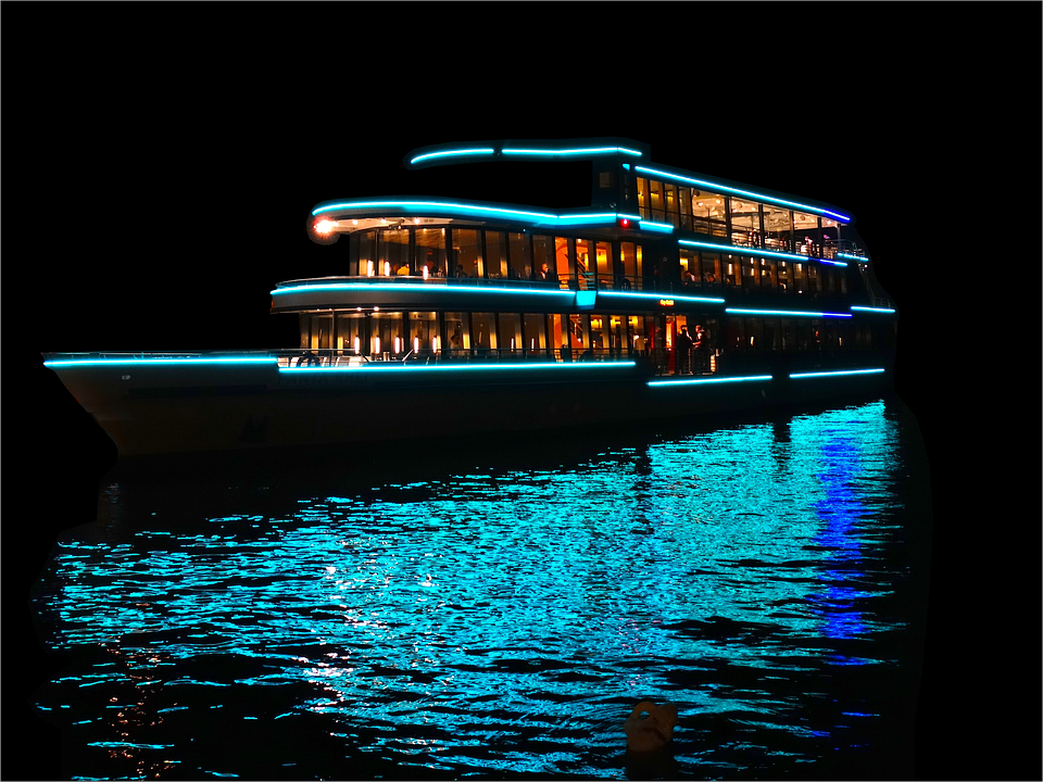The Dinner Cruise -
