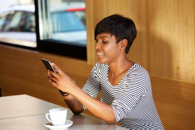 Send Her a Flirty Text Message -
