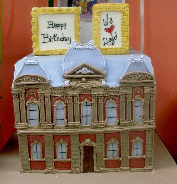DC Art Gallery Building Cake  - Renwick