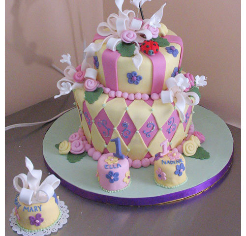 fancy birthday cakes images
