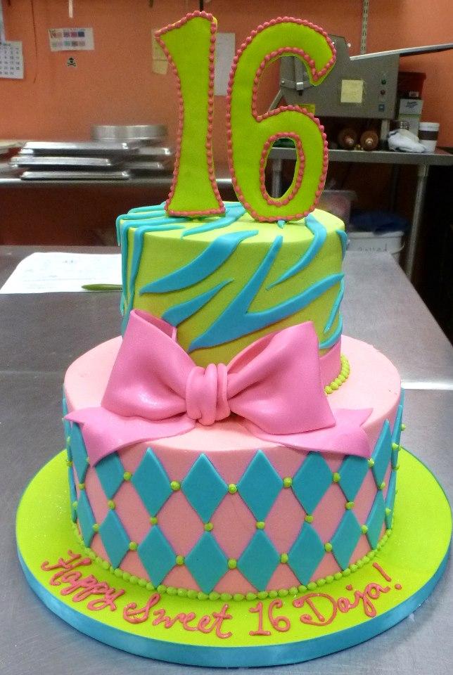 Elegant Sweet 16 Cake