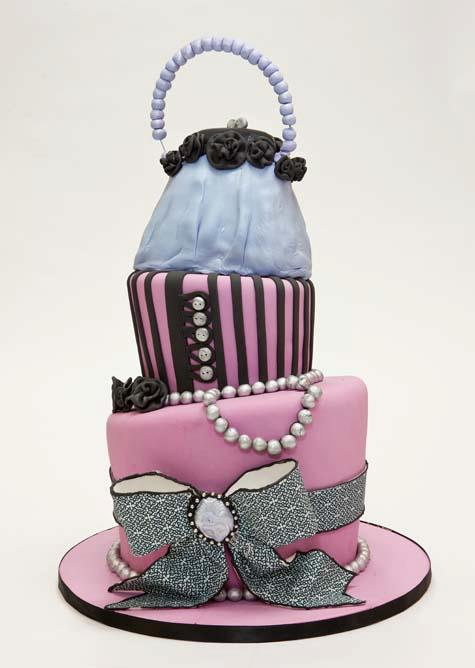 Pearls and Purse Cake