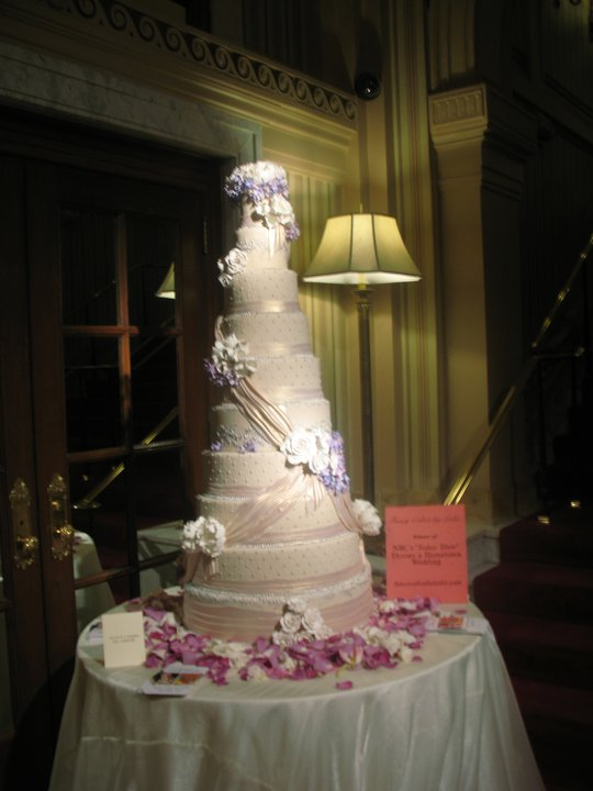 Wedding cake at the Willard Hotel
