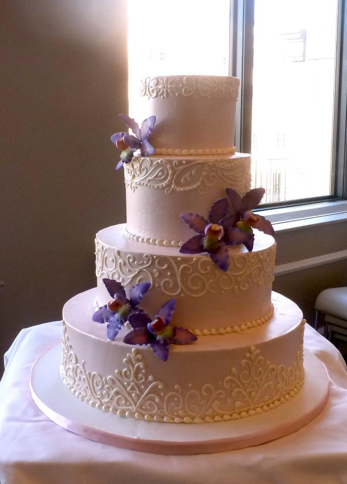 Traditional Lace Wedding Cake