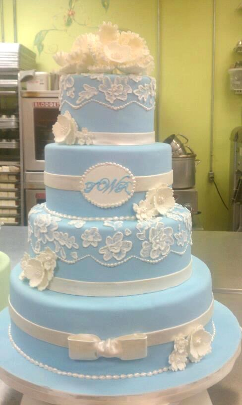 Wedgewoo Blue Wedding Cake