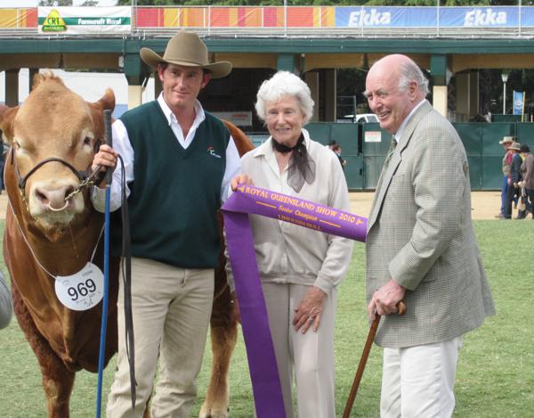 Bill & Carolyn Tooth with Longreach Contestabull Grand Champion Bull Brisbane Royal 2010