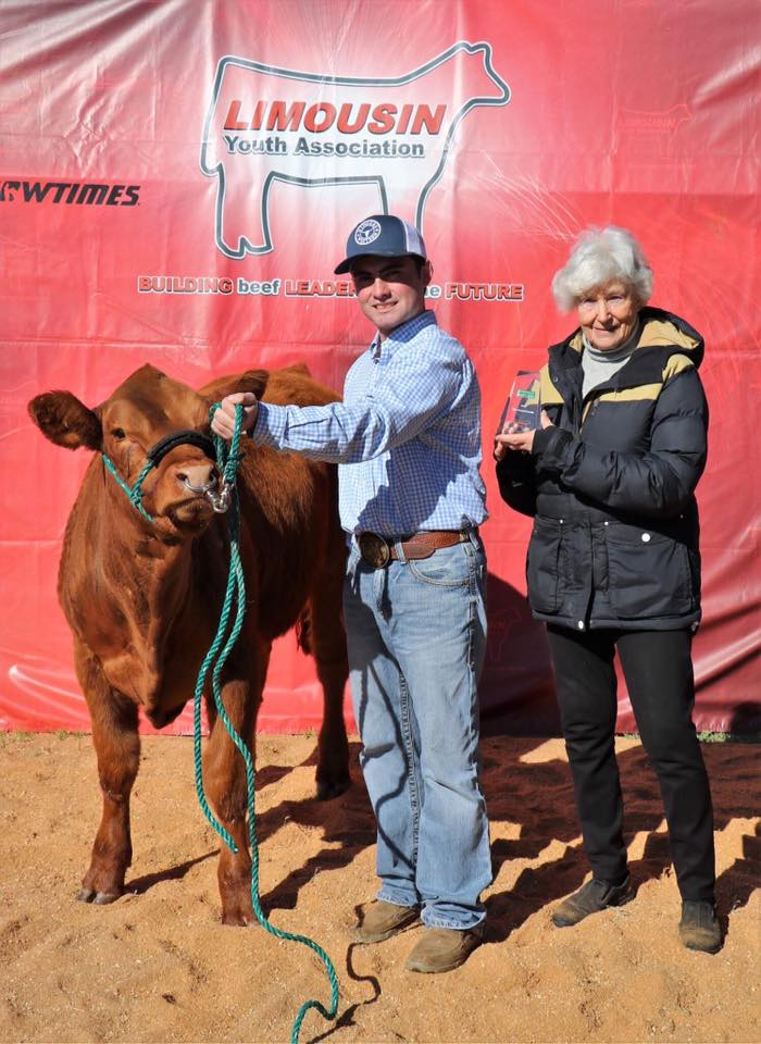 Dean McGuire Receiving the Longreach Most Potential Breeder Award 2017