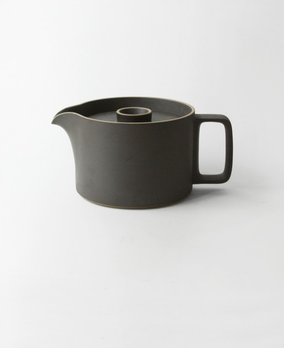 Black glazed porcelain with ceramic lids.   Modular porcelain tea pot with charcoal color and soft sand texture.   HASAMI  $75