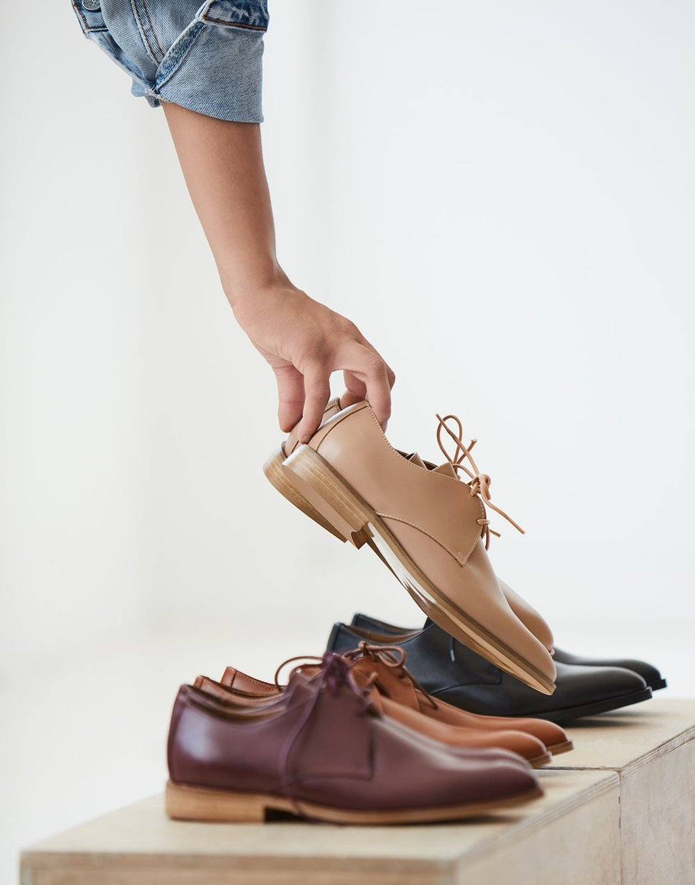 """Everlanehas introduced their new classic Modern Oxfords. Made from Italian leather with tapered toe and ¾"""" heels, these smart looking classics dresses up any casual wardrobe."""