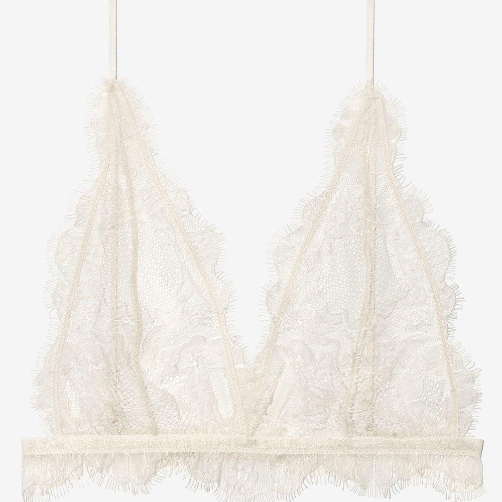 Delicate lace bra