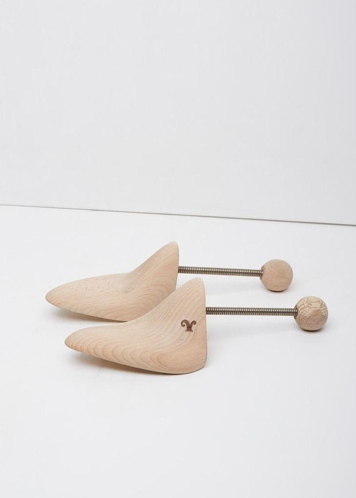 LE YUCCA Nixon Shoe Keeper $55