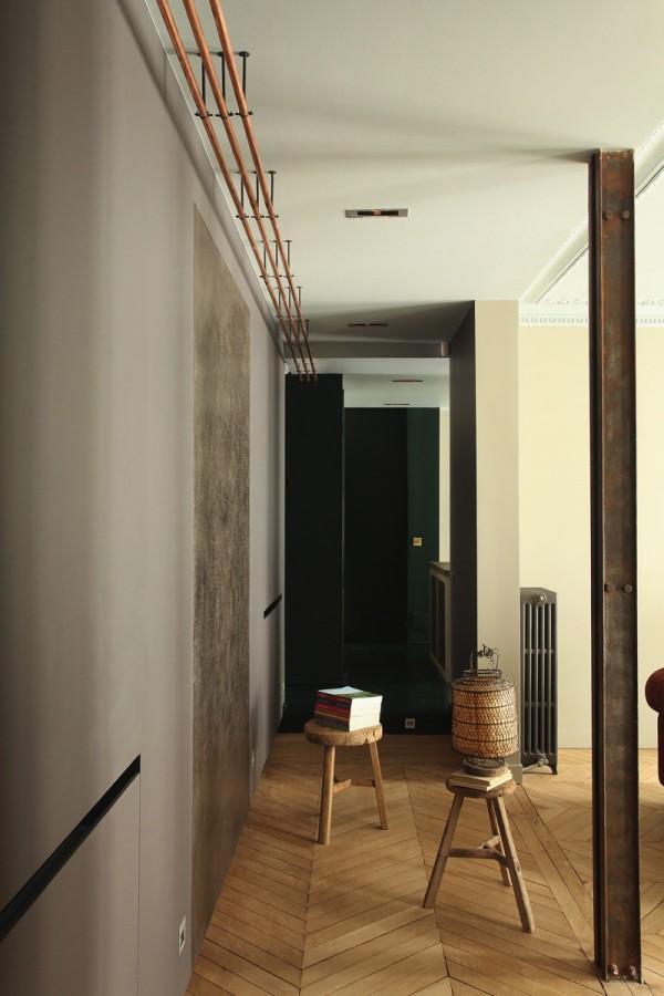 Place-des-Ternes-Apartment-by-Robert-Gervais-Studio-13-600x900.jpg