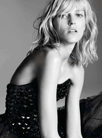 thumbs_anja-rubik-armani-vogue-paris-03.jpg