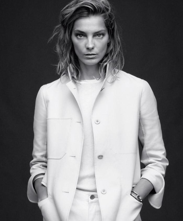 Daria-Werbowy-by-Daniel-Jackson-for-Harpers-Bazaar-5.jpg