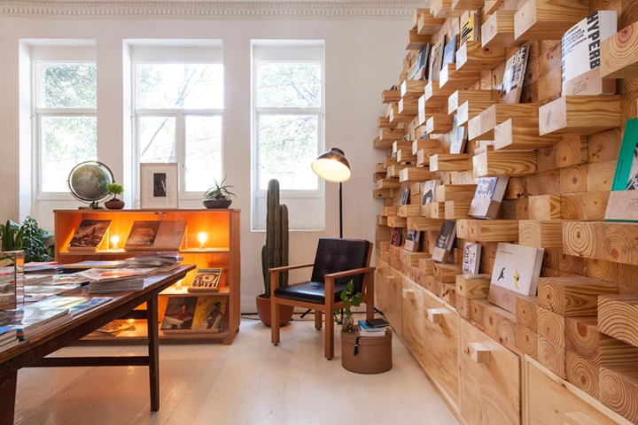 Casa-Bosques-Bookshop-by-Savvy-Studio-Mexico-City.jpg