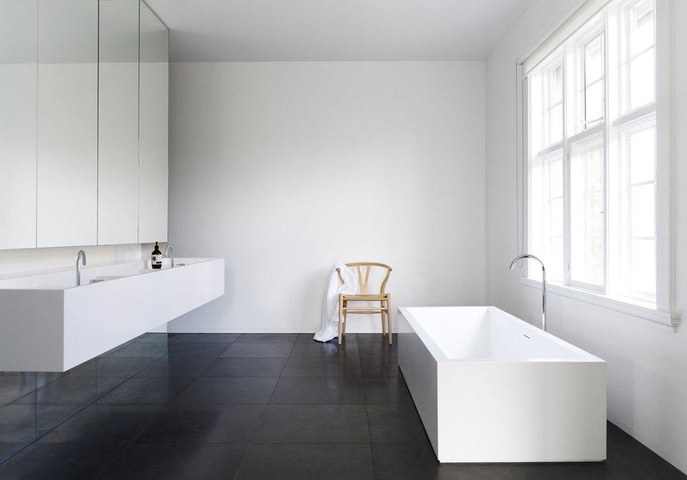 Carr Design - white bold bathroom