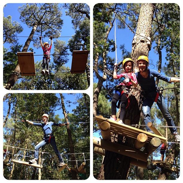 Maman et fillette dans les #arbres #accrobranche #heureangevine #anjou (Pris avec  Instagram  à Parc Anjou Aventure)