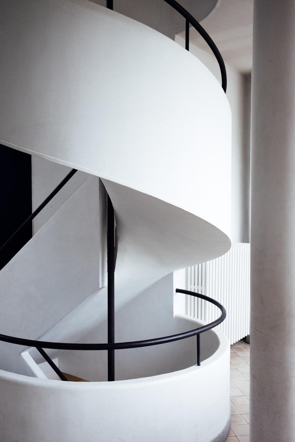 L'escalier de la Villa Savoye à Poissy