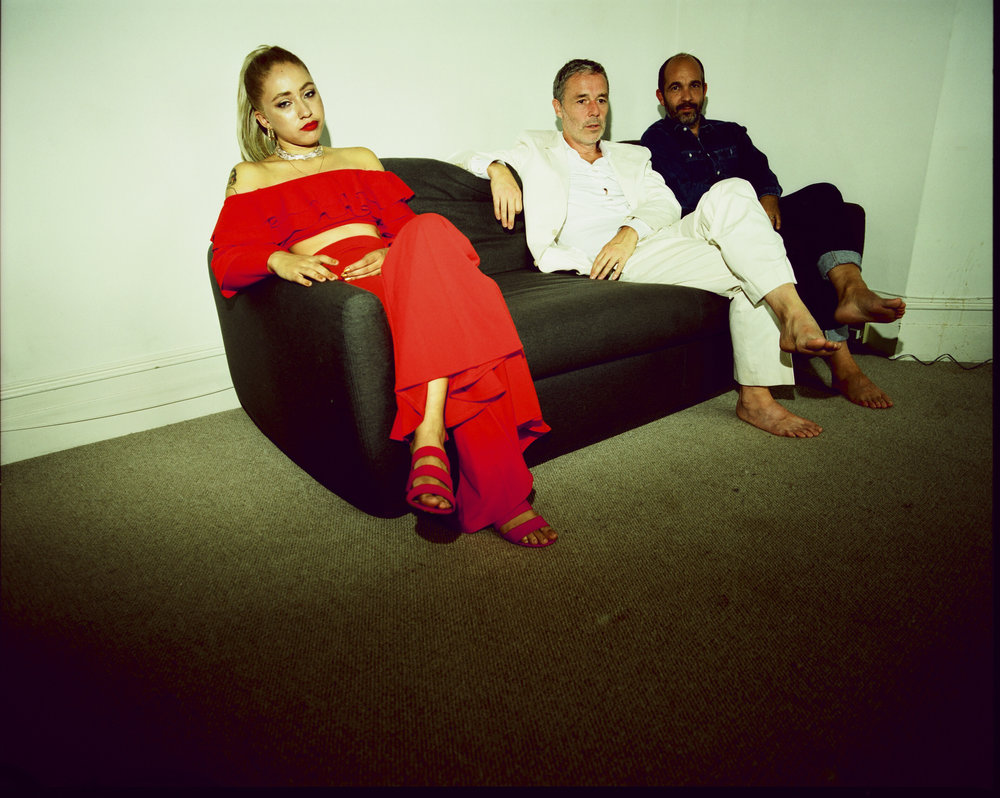 Delilah Holliday, Baxter Dury et Etienne de Crécy. Photo Tom BEARD