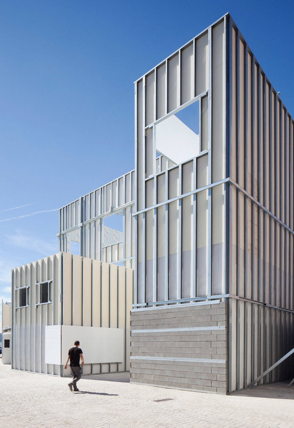 form-is-form-exhibition-architecture-lisbon-triennale-_dezeen_2364_col_5.jpg