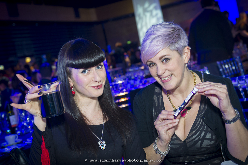 girls_drinking_at_lush_awards_2015.jpg