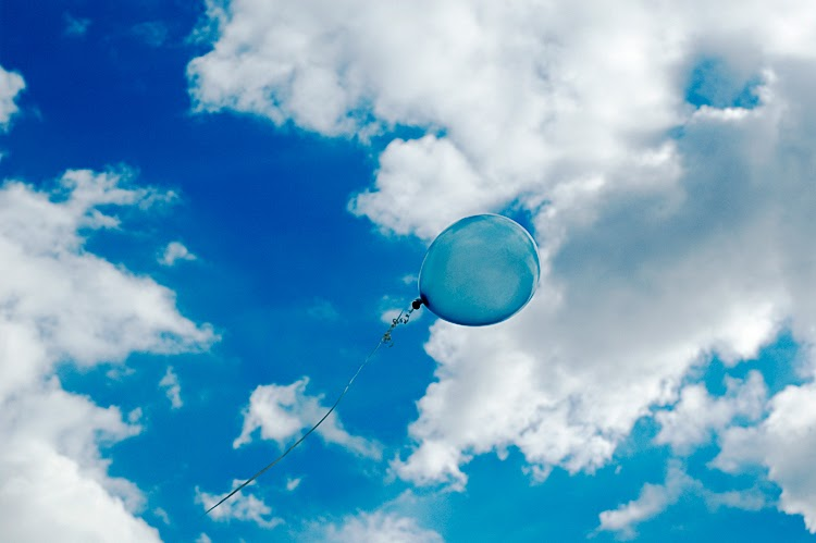 blue-balloon-in-sky.jpg