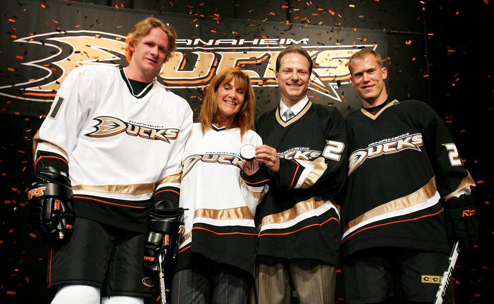 Anaheim_Ducks_Unveiling.jpg