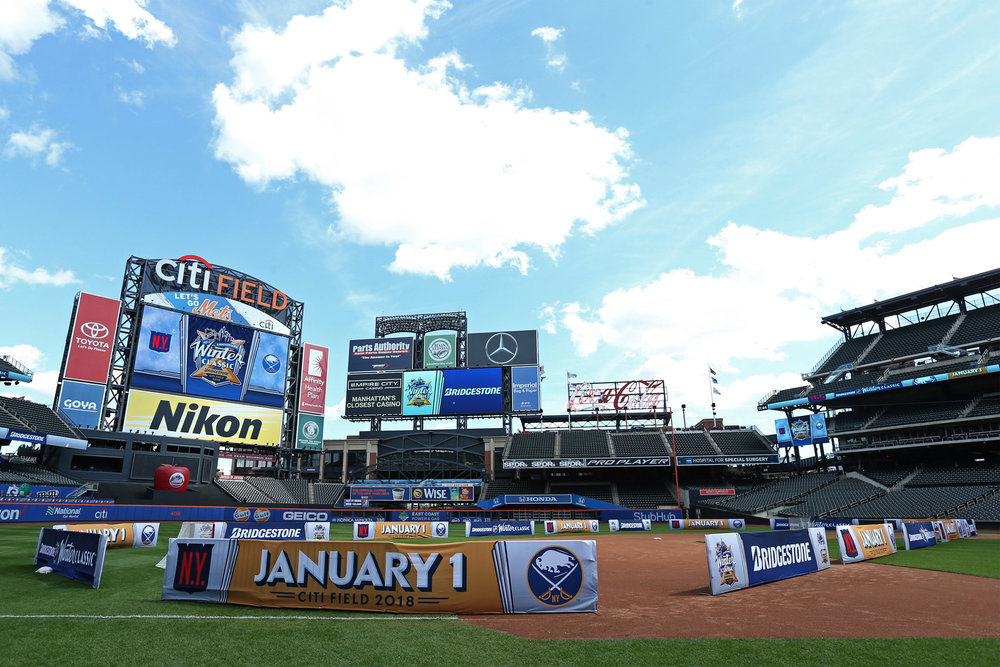 WinterClassic-CitiField.jpg
