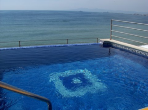 Our rooftop infinity pool