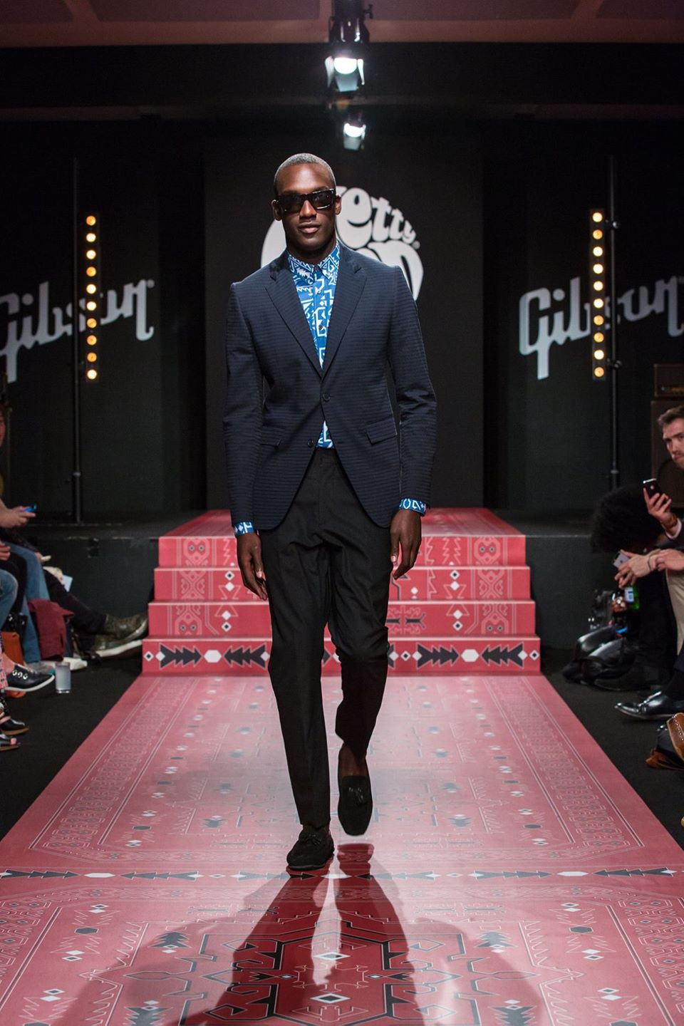 on Monday 16th of June we produced and casted the show for Pretty Green's Spring/ Summer 2015 collection to the press and buyers at London Collections: Men. The event took place at the famous Gibson Brand studio, the private HQ where artists such as Paul Weller, Miles Kane and primal scream plan their tours. The models took to the catwalk with a sound track of rock and roll to debut the collection entitled 'The Production' designed by Pat Salter and inspired by a visit to the famous Abbey Road studios.