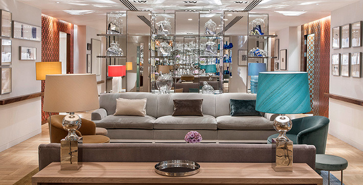 We produced, casted and styled an exclusive shopping evening for Amex customers in the Selfridges personal shopping suite featuring desiners such as Gucci, Alexander McQueen and Balenciaga