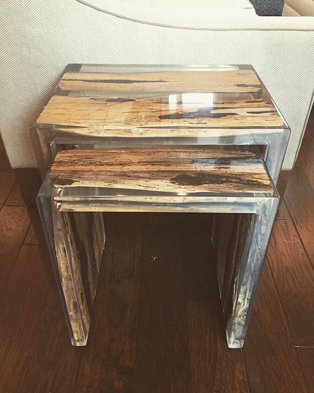 Nesting tables. Acrylic. Timber wood acrylic nesting tables. 🐦 #goshilovefurniture #especiallynestingtables #acrylicmakeseverythingbetter @madegoods #wsd #interiors #interiordesign